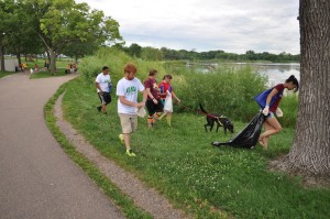 Volunteers search for litter around Lake Hiawatha during the annual Minnehaha Creek Cleanup. File photo