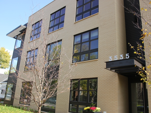 The smallest units were fastest to lease at 3535 Grand Ave. Photo by Michelle Bruch