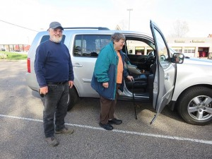 Volunteer Rick Sundly drops off senior Vera Rich at a dentist appointment. Photo by Jahna Peloquin