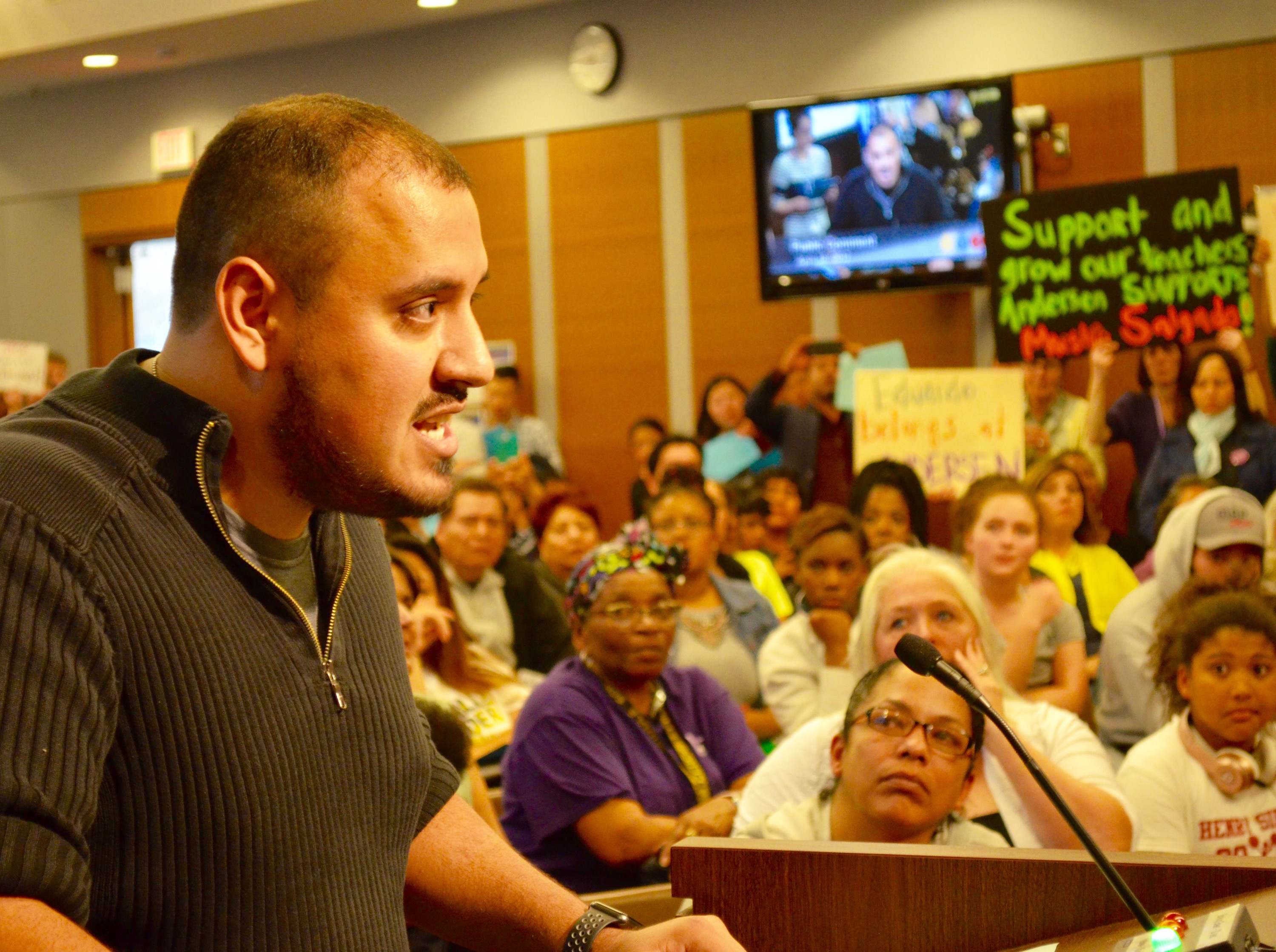 Andersen United Community School teacher Eduardo Salgado Diaz speaks at Tuesday's Minneapolis School Board meeting. Photo by Nate Gotlieb