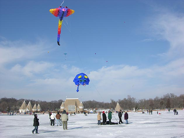 12-14-06 Lake Harriet Winter Kite 06