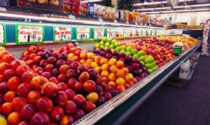 The apple selection at BoB's Produce Barn in Fridley. Photo by Linda Koutsky