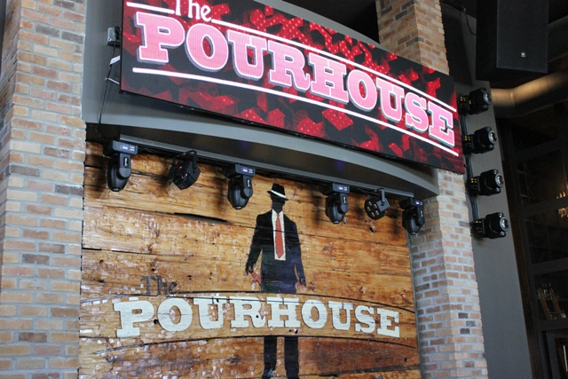 Pourhouse 1