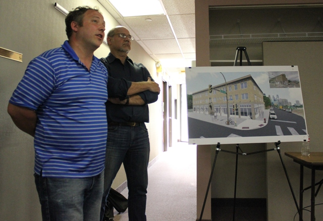 Dan Oberpriller of North Bay Companies (l) and Scott Nelson of DJR Architecture.