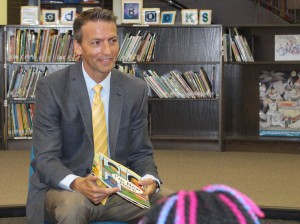 Minneapolis Public Schools Superintendent Ed Graff talks to a group of elementary school students on July 23 at Lyndale Community School.