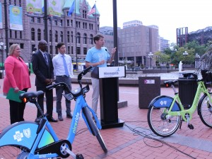 Nice Ride Minnesota Executive Director Bill Dossett unveils the system's new dockless bikes.
