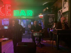 Just another magic Sunday: Clark Adams, Mikkel Beckman, Blair Krivanek, Nick Salisbury and Ray Barnard entertain the faithful Sunday night at the Dubliner Pub. Photo by Jim Walsh