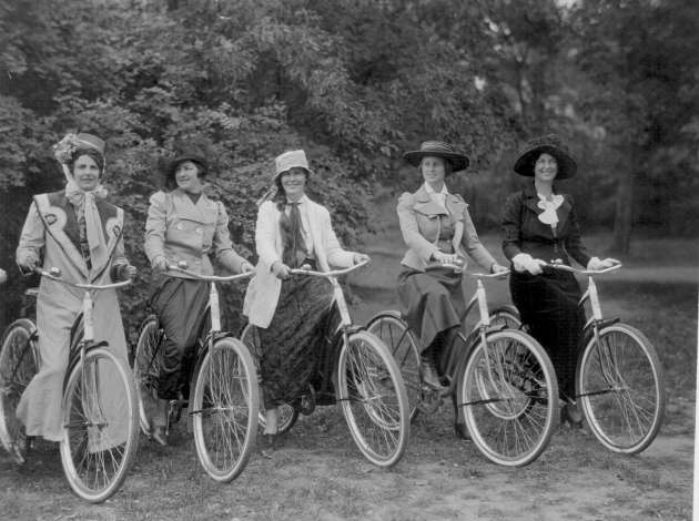 This photograph from 1933 shows Minneapolis cyclists re-enacting the historic rides of their 19th century foremothers.  Credit: Photo courtesy of the Special Collections department of the Hennepin County Library.