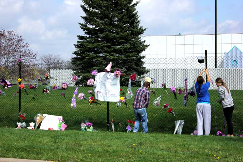 A memorial for Prince at Paisley Park. Photo by Michelle Bruch
