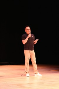 Minnesota Fringe Festival Executive Director Jeff Larson on stage at the July 18 preview event.
