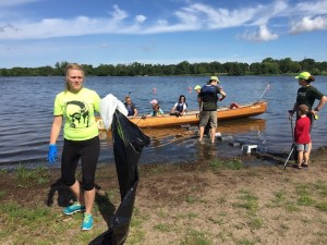 The annual Minnehaha Creek Cleanup set records in its 10th year.
