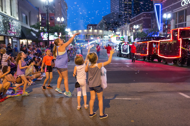 Aquatennial CPE Torchlight Parade, Dusty Hoskovec Photography
